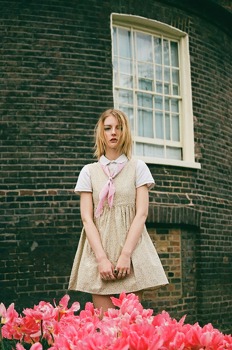 BETHAN //  PHOTOGRAPHY BY LAURA COUGHLAN