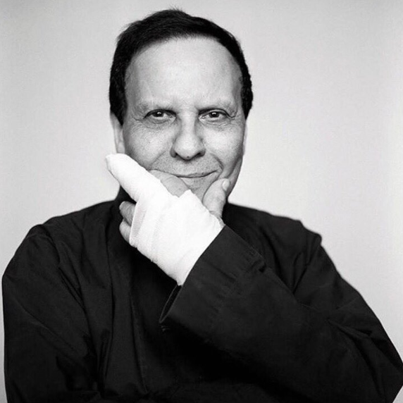 FOLLOWING A 6-YEAR HIATUS FROM COUTURE, AZZEDINE ALAÏA IS BACK