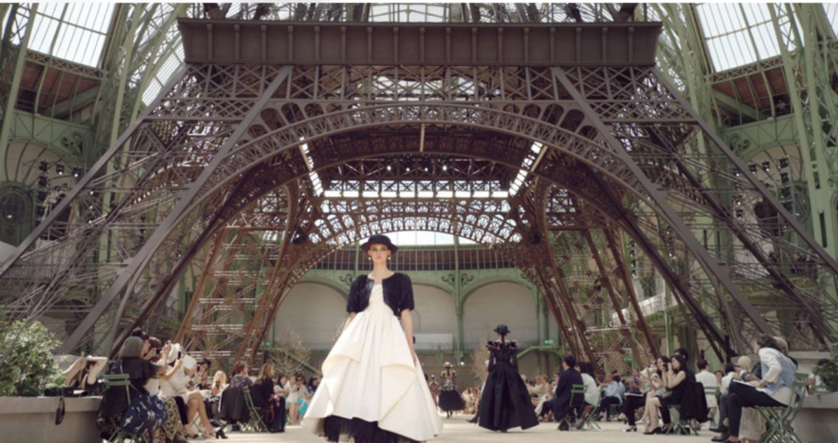 PARIS HAUTE COUTURE WEEK 2017 FALL WINTER CHANEL MARGIELA FASHION NEWS