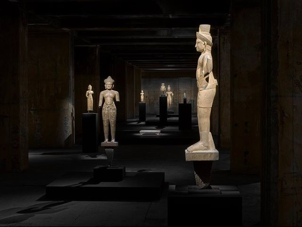 BERLIN ART WEEK FEUERLE COLLECTION CHINA MIDDLE EAST SCULPTURE ANCIENT BUNKER CONTEMPORARY