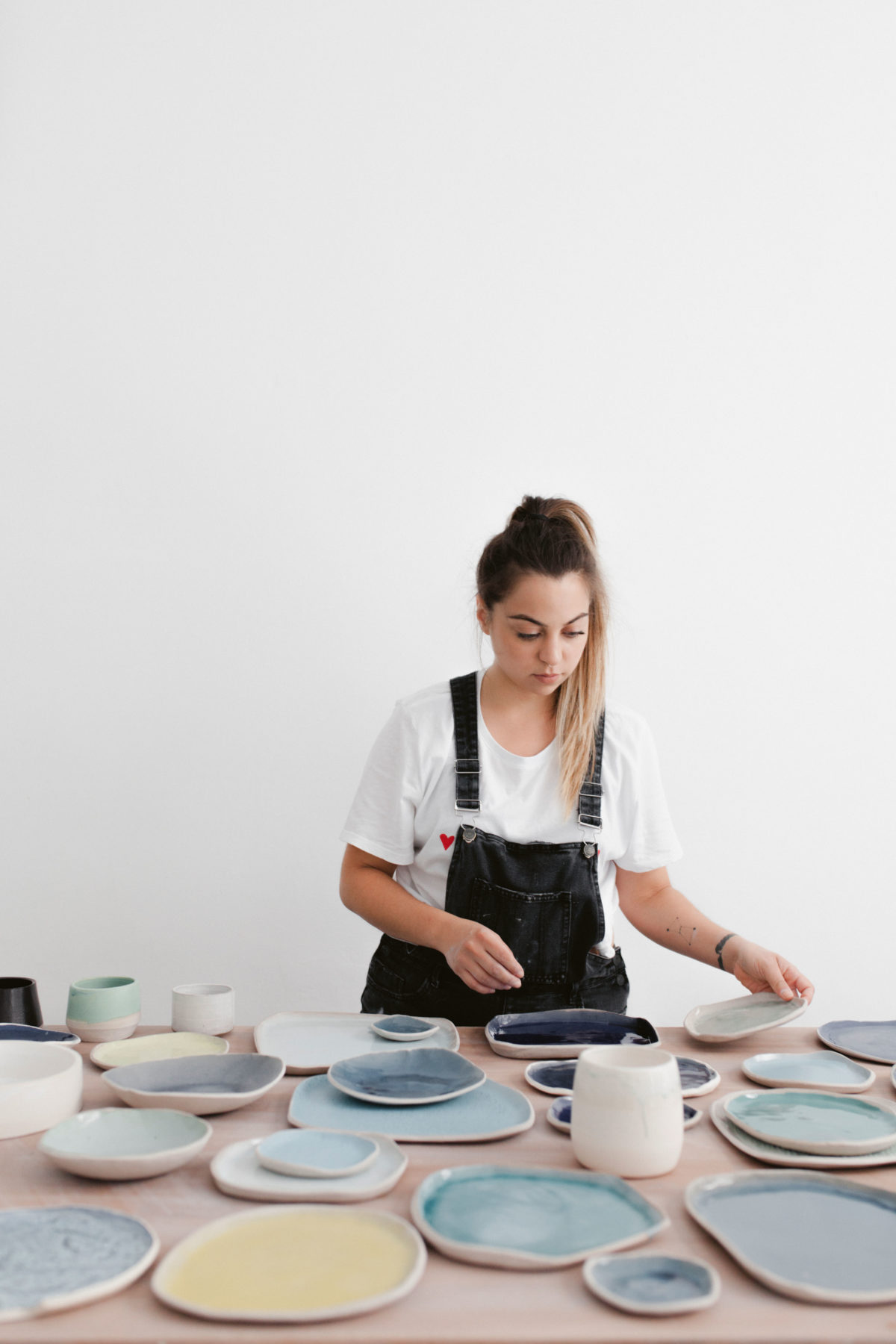 WOMEN WHO CREATE: HANA KARIM IS CONQUERING CERAMICS FOR CREATIVE EXPRESSION