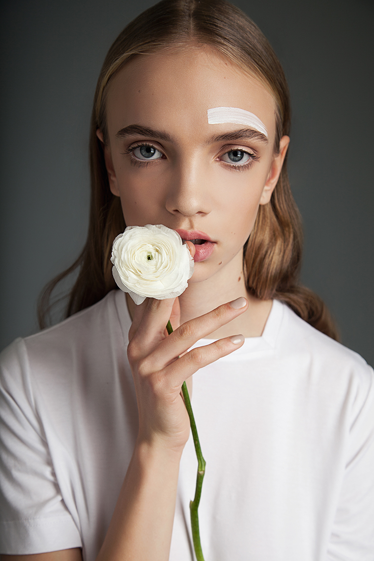 BLOSSOM DREAMER // PHOTOGRAPHY BY DIANA HOFMANN-LARINA