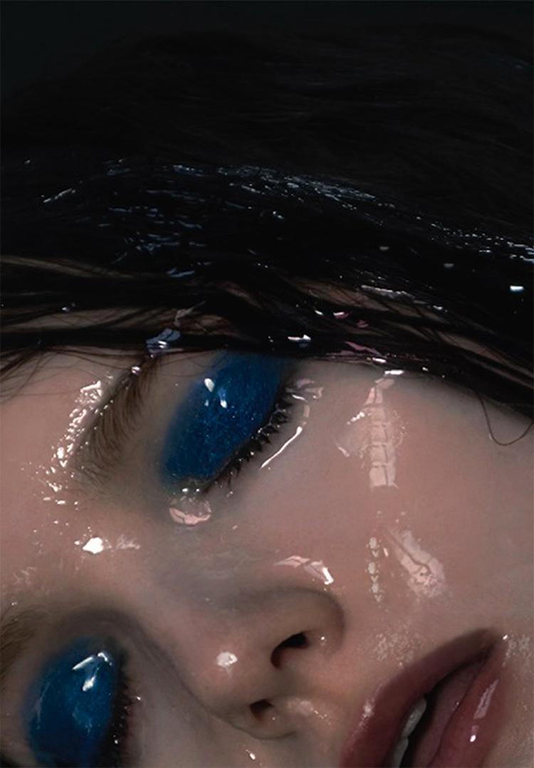 PAINT ME BLUE // PHOTOGRAPHY BY GERHILDE SKOBERNE