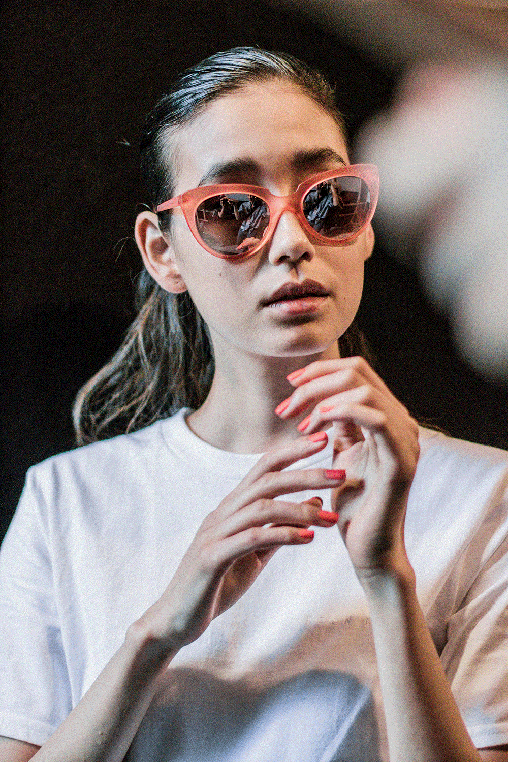 A PEEK BACKSTAGE AT HIEN LE SS18