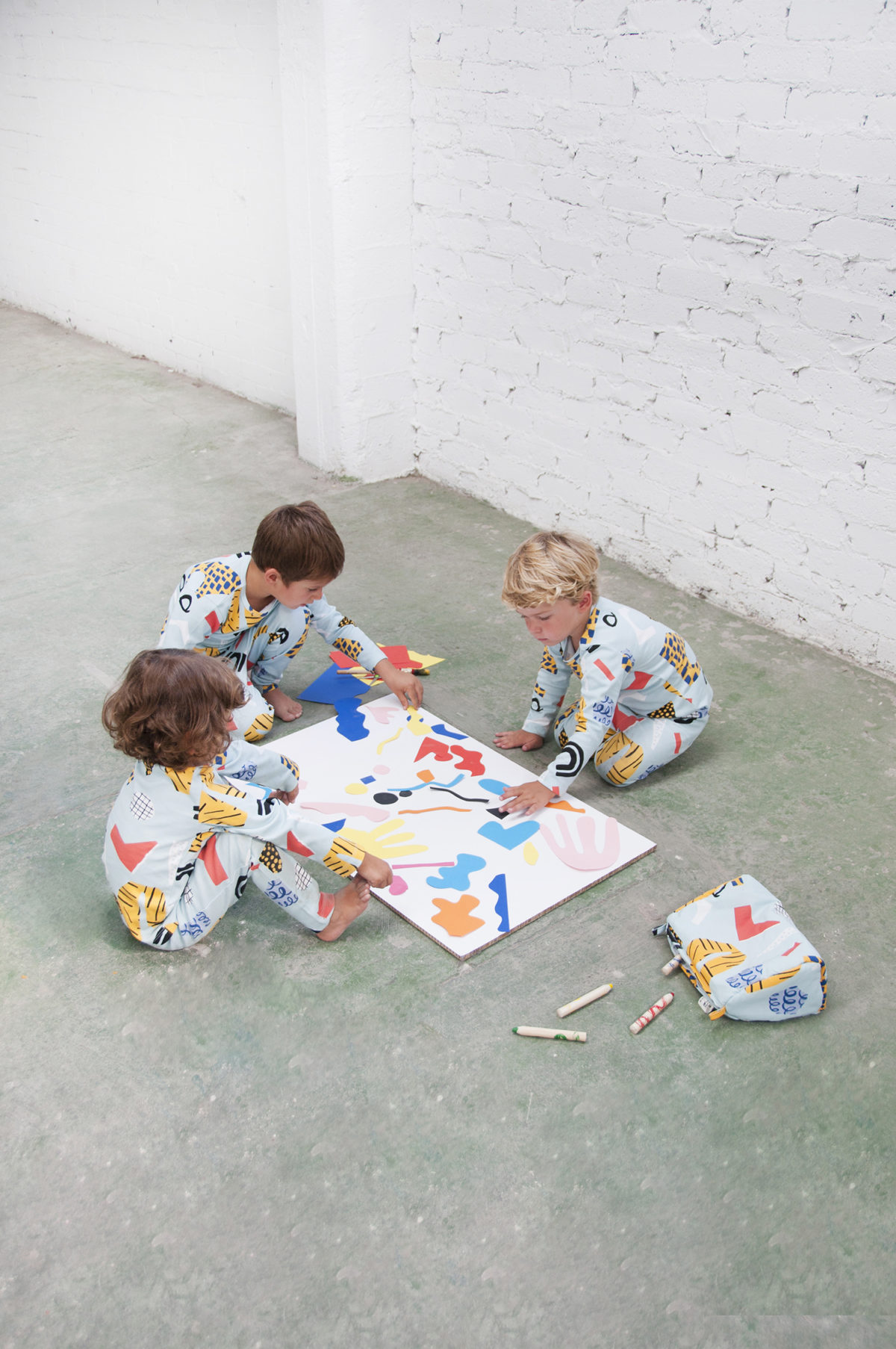BEYOND THE BUTTERFLIES AND BULLDOGS: GENDER-NEUTRAL CLOTHING FOR CHILDREN